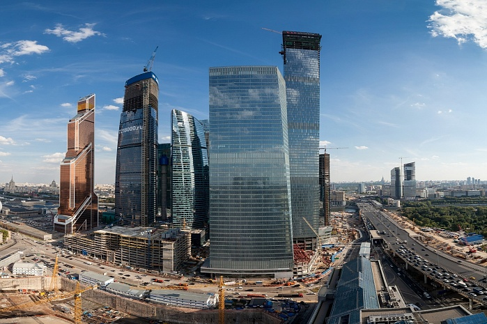 Transport highway between Zvenigorodskoye Avenue and the Moscow-City International Business Centre in Moscow (2012)