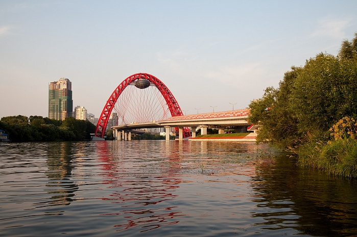 Zhivopisniy bridge over Moskva River in Serebryaniy Bor (Moscow, 2007)
